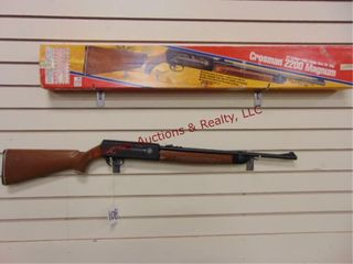 Crossman 2200 magnum 22 cal pellet gun w  box
