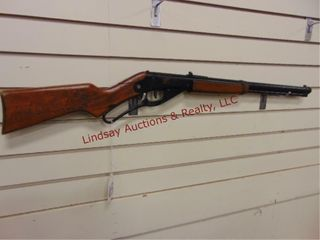 Daisy red ryder carbine  111 bb rifle