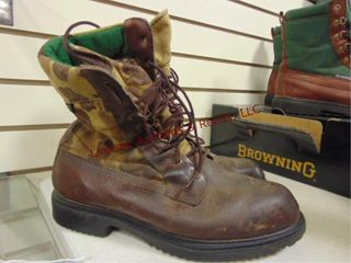 Pair of used Browning boots  size 8 1 2