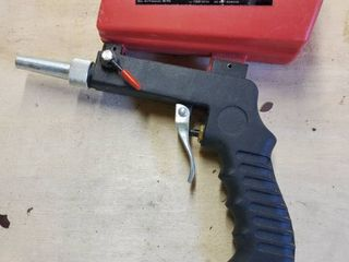 Central Pneumatic Blast Gun with Gravity Feed