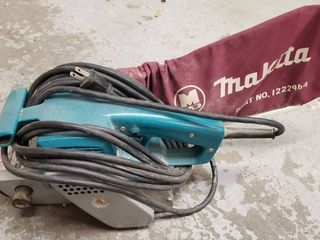 Makita Corded Belt Sander with Catcher  Tested and Working