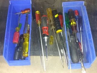 Nice lot Of Assorted Screwdrivers