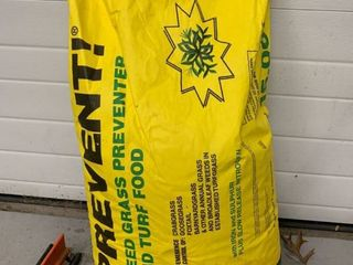 loveland Prevent Weed and Grass Preventer and Turf Food location Storage