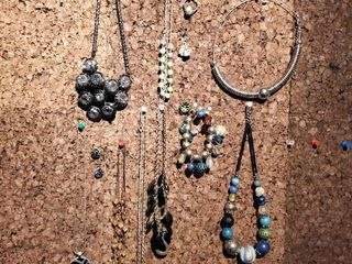 lot of Costume Jewelry   Necklaces  Bracelets  and Earrings