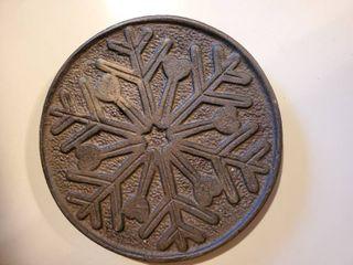 Iron Snowflake Trivet