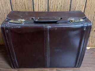 Vintage Franzen leather AttachAc Briefcase location Basement lR