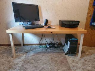 Easily Assemble Sealed Wooden Computer Desk   Holes for Equipment Hook Up
