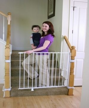Regalo Extra Tall Top of Stair Gate  White  DAMAGED