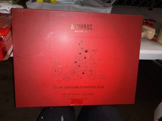 Neuhaus 2019 Premium Pop Up Chocolate Advent Calendar