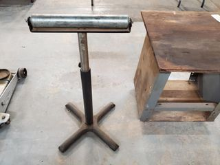 Metal rolling stand w  feed roller stand