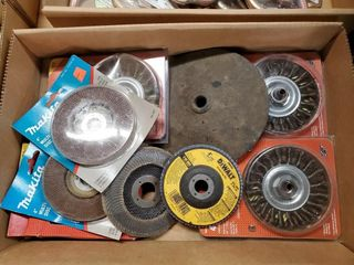 Asst  4  sander grinder discs and wire brushes