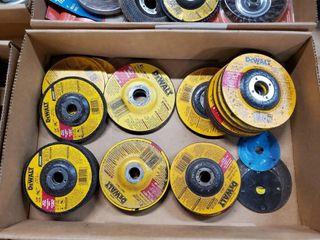 Box of 4    4 5  grinding discs
