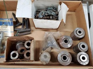 Box of upper bushing and caster shims