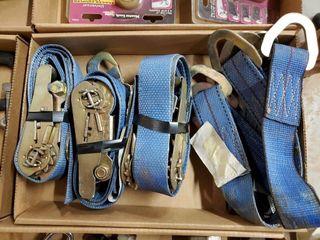 4   2  tie down straps