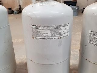 40 lb propane cylinder
