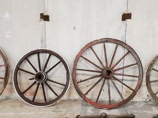 4   Wood spoke wagon wheels