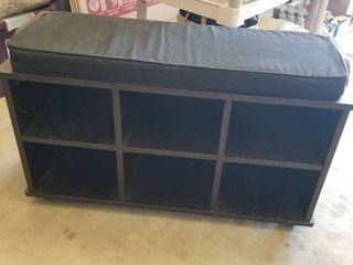 Storage bench w cushion 20 x 34 x 13