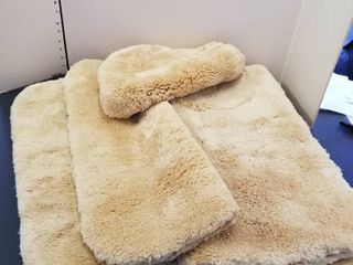Bathroom rugs and toilet cover