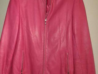 lADIES PINK lEATHER COAT  Size Medium