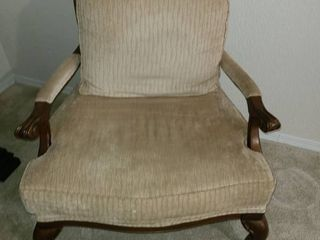 Extra Wide Sitting Chair