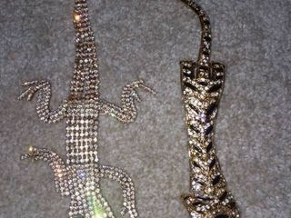 Tiger and Gecko Brooches