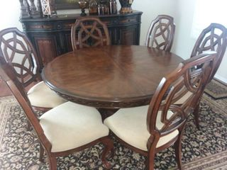 Solid Wood Dining Table 30 x 56 x 56 in with leaf and 6 Chairs