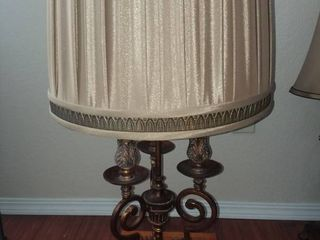 Decorative Candelabra Style Table lamp