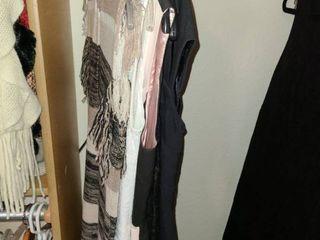 lADIES ClOTHES  NEW YORK   CO 5 Dresses Size 4   6