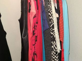 lADIES ClOTHES  A CAlVIN KlEIN Dress and other dresses  shirts  Size 4 to 6