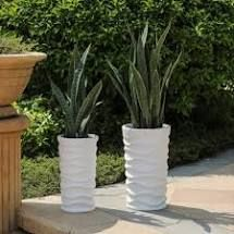 Reyis White Finish Tall Wavy Planters  Set of 2  by Havenside Home  Retail 93 49