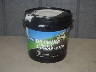 11 Pound Bucket Henry Driveway Asphalt Pothole Patch