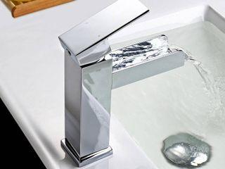 Modern Single Handle One Hole Waterfall Bathroom Sink Chrome Faucet