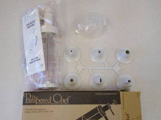 The Pampered Chef Easy Accent Decorator still in box