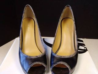 Nine West 8 5 M women s heels