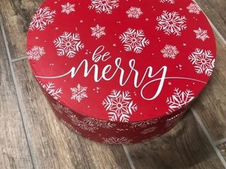 Mystery Gift Box   Evora Wheeler Cinnamon Rolls