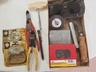 Workbench Assortment with 3 side cutters