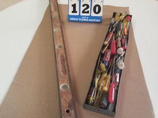 Screwdrivers  4ft Wooden Brass level