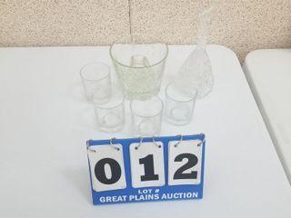 Mixed set 4 Crown Royal Glasses  Decanter