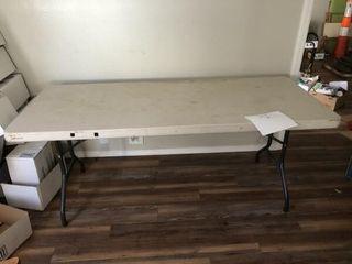 6  plastic folding table