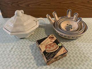 soup terrain  bowl set  vintage cake decorator