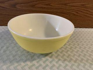 Yellow Pyrex bowl
