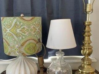 dresser   table lamps