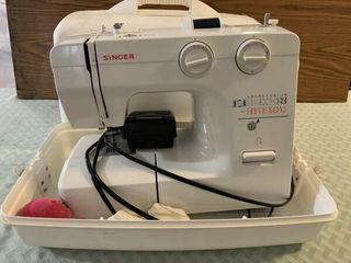 Singer portable sewing machine  nice