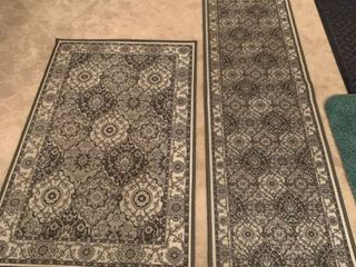 Set of two matching rugs
