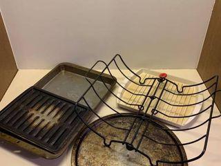 Assorted oven supplies