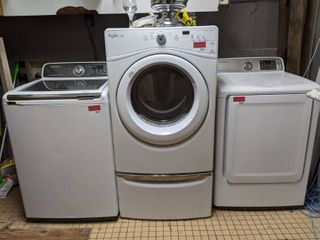 Whirlpool Duet High Efficiency Sensor Dryer  Buyer Responsible For Removal