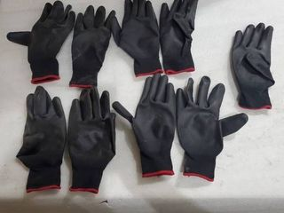 Work Gloves 4 SETS AND AN EXTRA