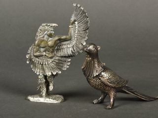lOT OF 2 PEWTER FIGURES
