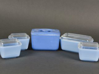 5 VINTAGE BlUE PATTERN GlASS STORAGE CANISTERS