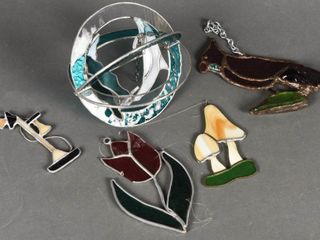 lOT OF 5 STAINED GlASS WINDOW HANGERS